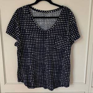 Loft navy tshirt with white polka dots. XL